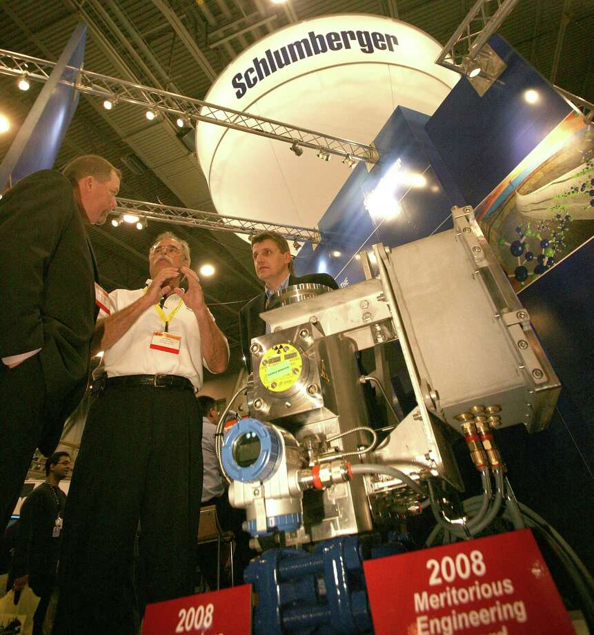 Schlumberger: The oilfield service company pays its interns an average salary of $4,042 per month, or $48,504 a year.  Steve Campbell / ChronicleSource: Glassdoor Photo: Steve Campbell, The Chronicle / © 2008 Houston Chronicle