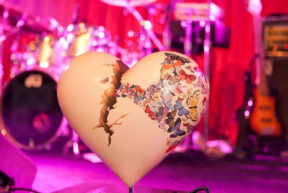 Various artists designed both large and table-top hearts for the 'Hearts in San Francisco' series. The public art exhibition benefits the San Francisco General Hospital and Trauma Center. Photo: Drew Altizer Photography