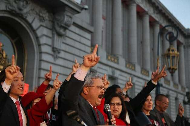 Mayor Ed Lee leads the pledge against violence against women.