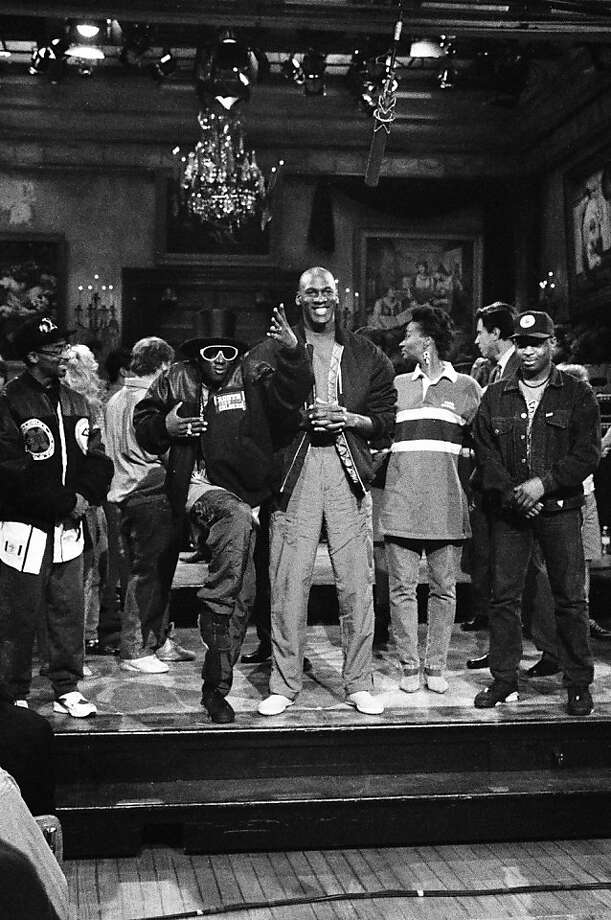 SATURDAY NIGHT LIVE -- Episode 1 -- Pictured: (l-r) Spike Lee, Flavor Flav, Michael Jordan, Ellen Cleghorne, Chuck D during the goodnights on September 28, 1991 -- Photo by: Raymond Bonar/NBCU Photo Bank Photo: NBC/Contributor, Getty Images