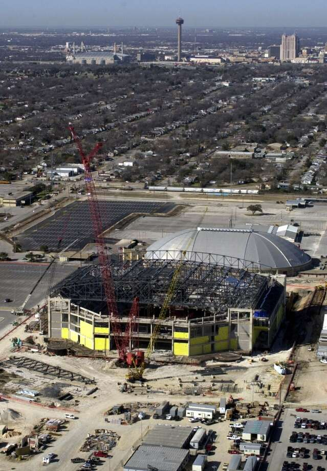 San Antonio SpursFacility: AT&T CenterOpened: 2002Capacity: 18,581(ROBERT MCLEROY, Express-News) Photo: ROBERT MCLEROY, SAN ANTONIO EXPRESS-NEWS / SAN ANTONIO EXPRESS-NEWS