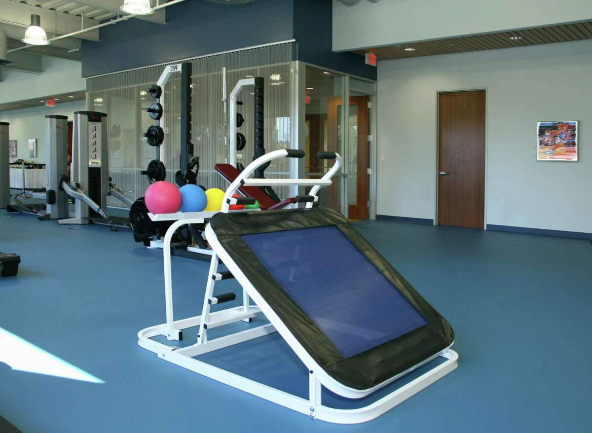 Equipment offered at St. Luke's Performance Medicine, which is a part of St. Luke's The Woodlands Hospital.