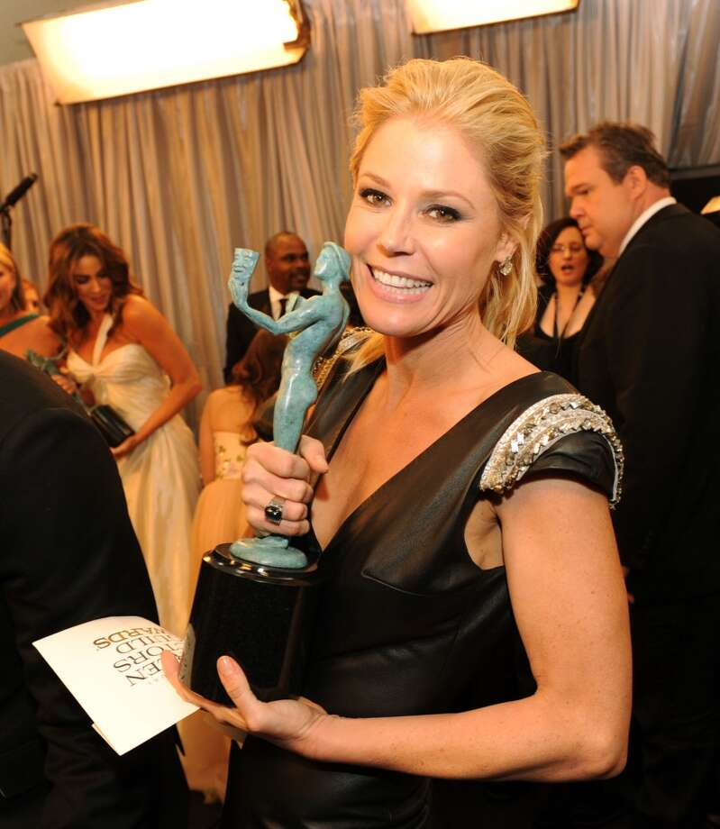 "Julie Bowen plays neurotic Claire Dunphy on ""Modern Family"" with spot-on comic timing and lots of physical humor."