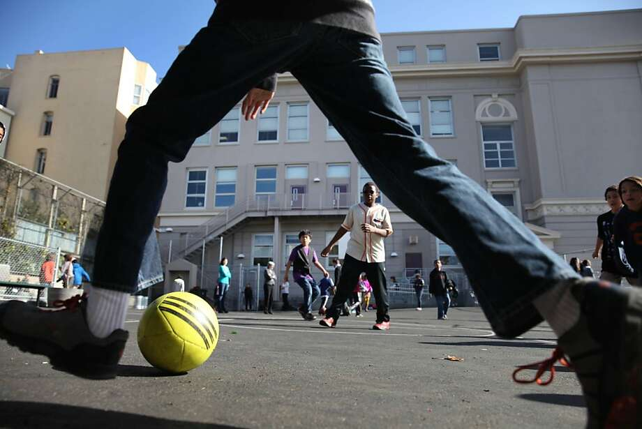 Sixth-graders play during recess at Gateway Middle School, San   Francisco. Photo: Lea Suzuki, The Chronicle