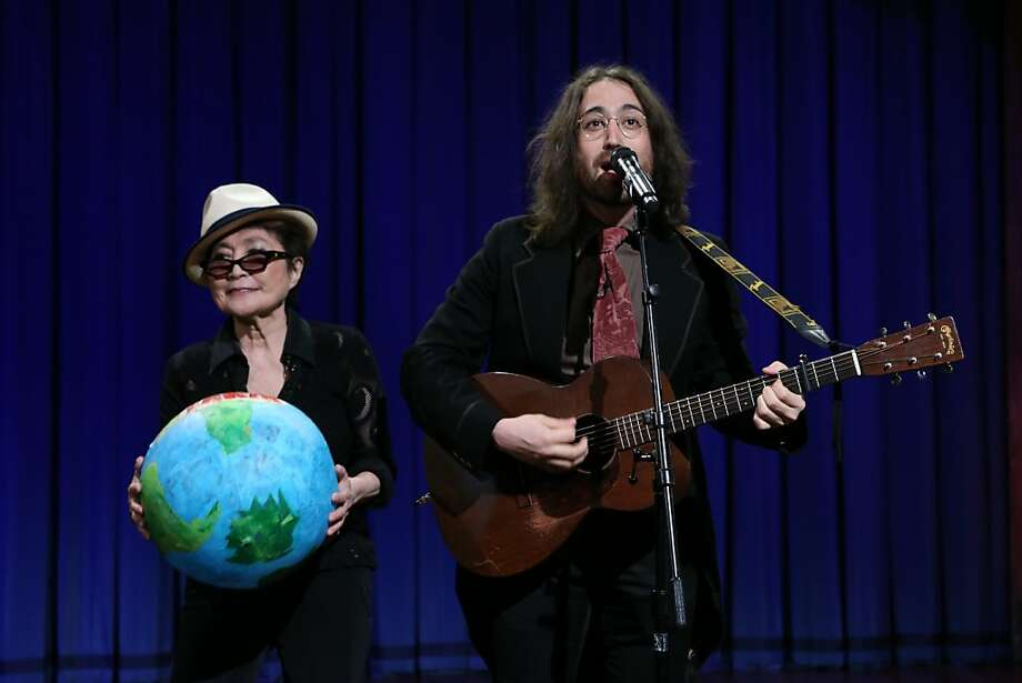 "Yoko Ono and Sean Lennon on ""Late Night with Jimmy Fallon."" Photo: Nbc, NBC/NBCU Photo Bank"