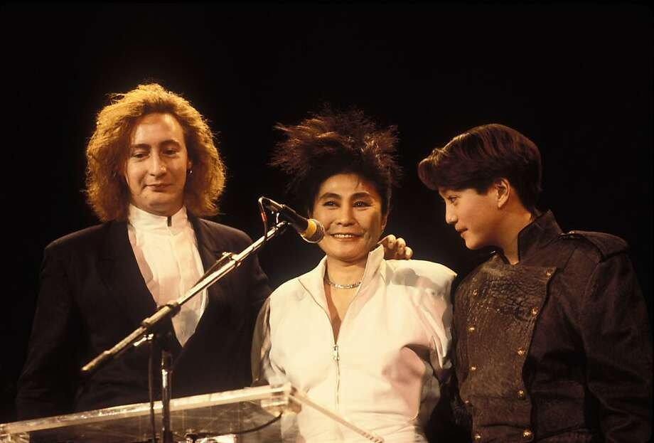 Photo of Julian Lennon, Yoko Ono and Sean Lennon Rock & Roll Hall of Fame. (Photo by Ebet Roberts/Redferns) Photo: Ebet Roberts