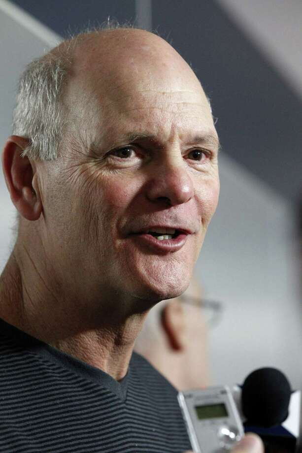 New defensive line coach Rod Marinelli wants the Cowboys thinking about turnovers all the time — even as they sleep. Photo: Tony Gutierrez / Associated Press