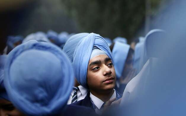 Indian Sikh school students participate in a protest against the ban on wearing turban in public schools in France, in New Delhi, India, Friday, Feb. 15, 2013  on the occasion of a two-day visit of French President Francois Hollande in India.  Photo: Tsering Topgyal, Associated Press