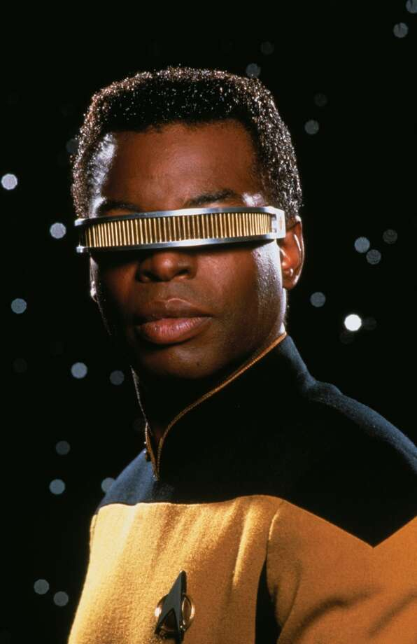LeVar Burtonas Lt. Commander Geordi La Forge in 1987.