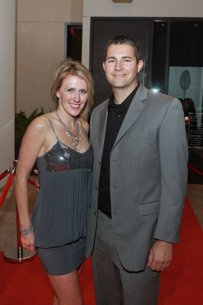 Sarah and Brian Torre on the red carpet of the party hosted by Shaquille O'Neal.