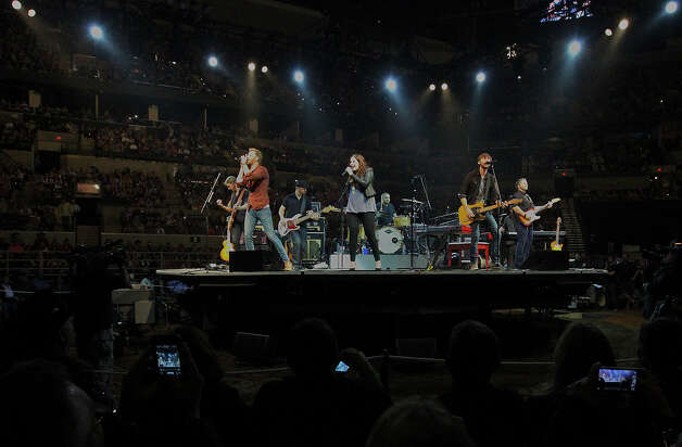 Lady Antebellum performs at the San Antonio Stock Show and Rodeo on Saturday, Feb. 16, 2013. Photo: Kin Man Hui, San Antonio Express-News / © 2012 San Antonio Express-News