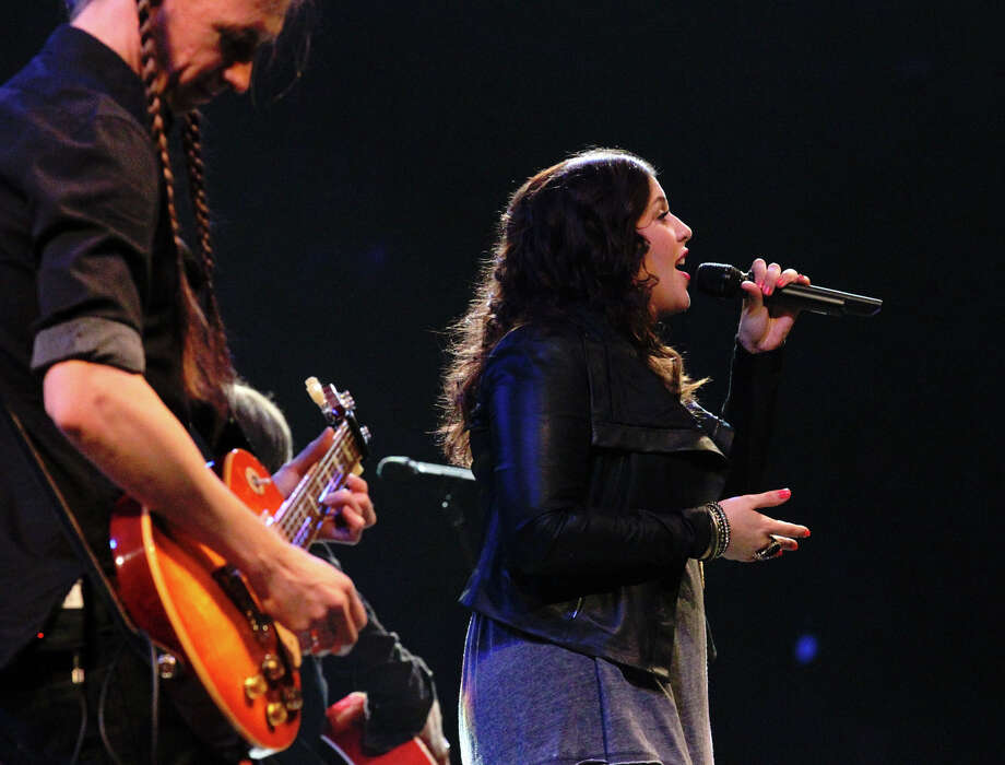 Lady Antebellum's Hillary Scott (center) performs at the San Antonio Stock Show and Rodeo on Saturday, Feb. 16, 2013. Photo: Kin Man Hui, San Antonio Express-News / © 2012 San Antonio Express-News
