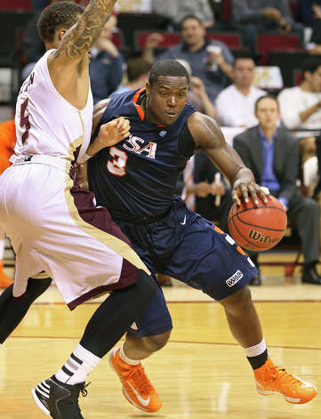 Roadrunner center Larry Wilkins moves into the lane as Texas State hosts UTSA in men's basketball at Strahan Coliseum  on February 16, 2013. Photo: Tom Reel, San Antonio Express-News