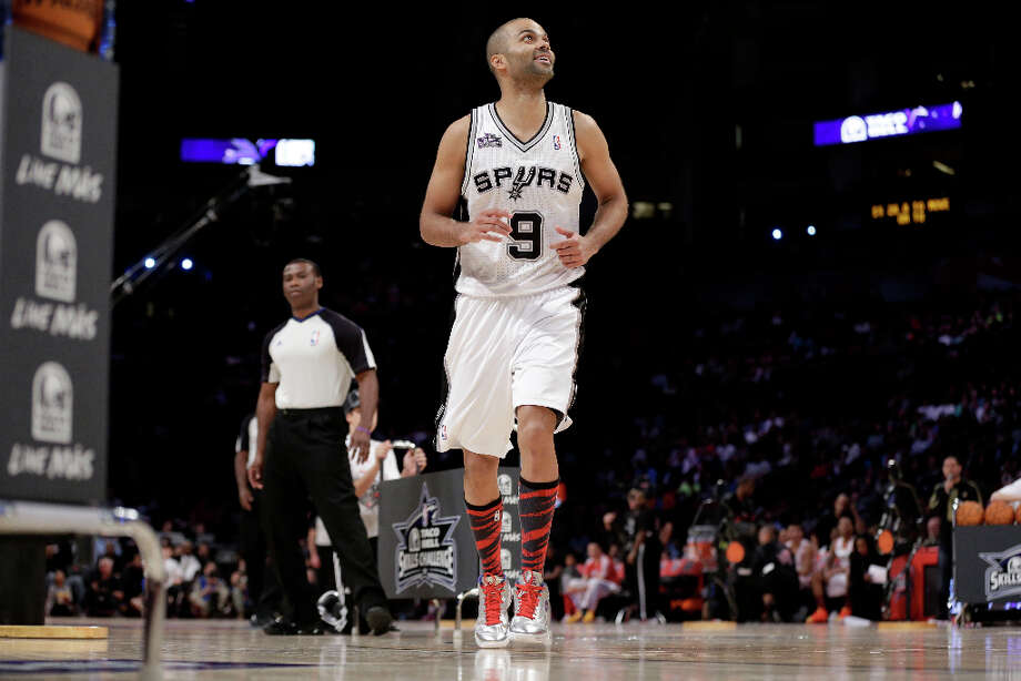 Tony Parker of the San Antonio Spurs takes the court for the skills contest during NBA All-Star Saturday Night basketball Saturday, Feb. 16, 2013, in Houston. Photo: Eric Gay, Associated Press / AP