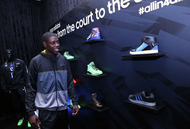 NBA All-Star Jrue Holiday of the Philadelphia 76ers checks out the adidas VIP suite during NBA All-Star in Houston. (Photo by Noah Graham/NBAE via Getty Images)