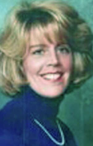 Elizabeth J. Benn, 50, of Cos Cob, formerly of Ridgefield, died Feb. 4, 2013 at Memorial Sloan Kettering Cancer Center in New York, N.Y. Elizabeth was born Feb. 16, 1962 in Danbury, daughter of Robert C. and Gladys (Breckwoldt) Benn of Ridgefield, Photo: Norm Cummings