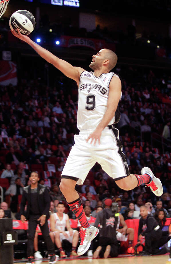 Tony Parker of the San Antonio Spurs competes in the NBA All-Star Skills Challenge. Photo: Melissa Phillip, Houston Chronicle / © 2013  Houston Chronicle