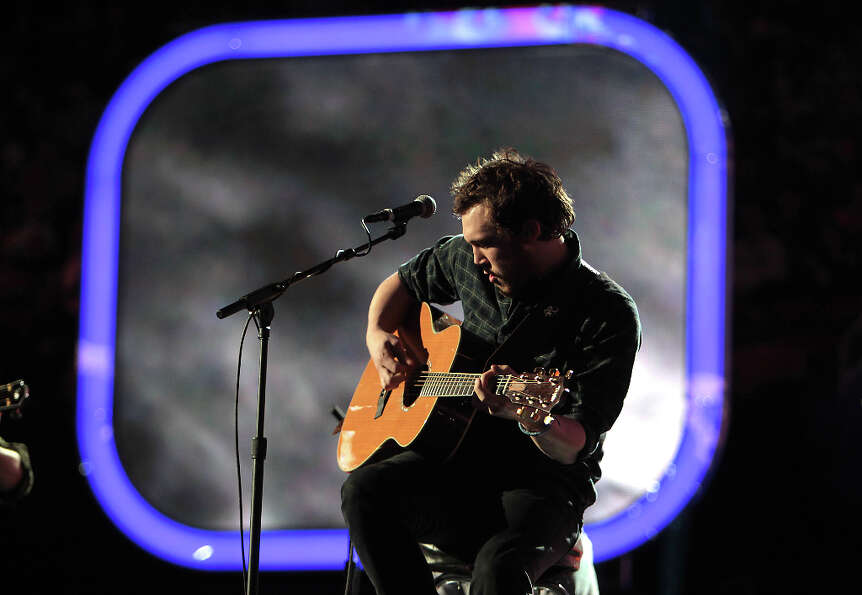 Phillip Phillips performs at the Toyota Center on All-Star Saturday Night.