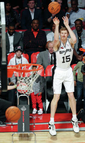 Matt Bonner of the San Antonio Spurs shoots during the NBA All-Star Three-Point Contest. Photo: Edward A. Ornelas, San Antonio Express-News / © 2013 San Antonio Express-News