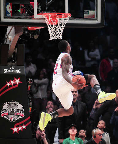 Eric Bledsoe of the Los Angeles Clippers  competes in the NBA All-Star Slam Dunk Contest. Photo: James Nielsen, Houston Chronicle / © 2013  Houston Chronicle