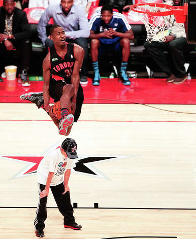 Terrence Ross of the Toronto Raptors  competes in the NBA All-Star Slam Dunk Contest. Photo: Billy Smith II, Houston Chronicle / © 2013 Houston Chronicle