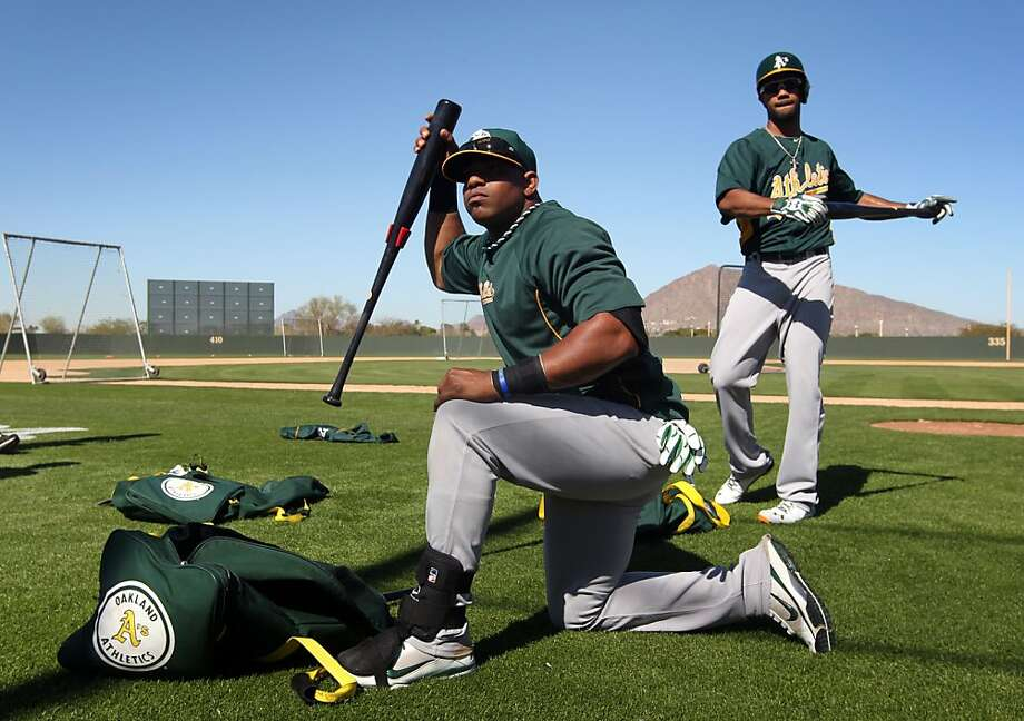 Yoenis Céspedes, preparing for batting practice Sunday, hit a nice shot to center field off his manager, Bob Melvin. Photo: The Chronicle