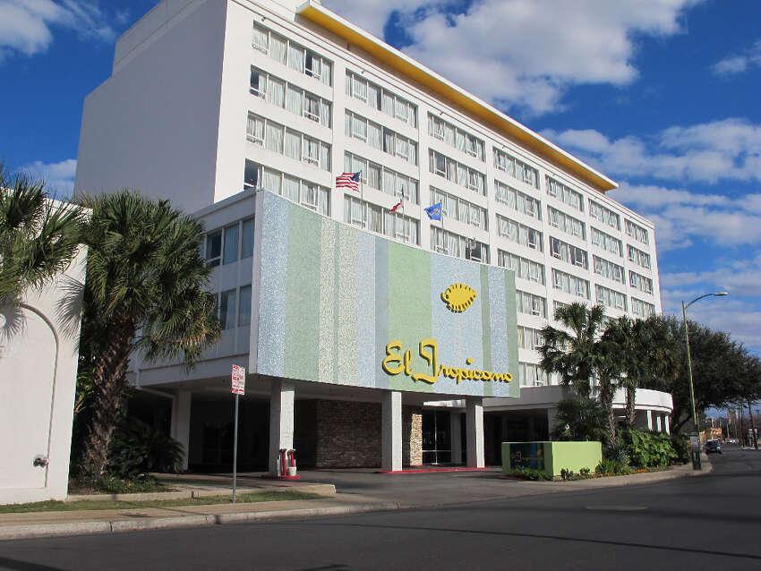 El Tropicano Hotel: 110 Lexington Ave., San Antonio, TX 78205 Date: 01/31/2018 Score: 59 Highlights: Inspector observed