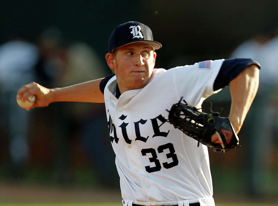 Rice University starting pitcher John Simms delivers a pitch to Texas A&M during a baeball game at Reckling Park Tuesday, April 12, 2011, in Houston. ( Cody Duty / Houston Chronicle ) Photo: Cody Duty, Staff / Houston Chronicle