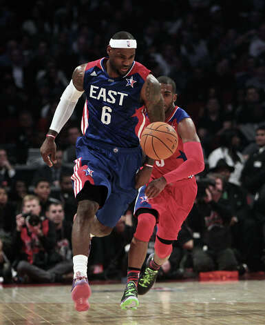 LeBron James of the Miami Heat (6) brings the ball up the floor during the first half of the NBA All-Star Game at the Toyota Center on Sunday, Feb. 17, 2013, in Houston. Photo: James Nielsen, Houston Chronicle / © 2013  Houston Chronicle
