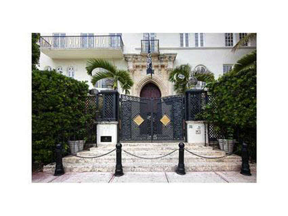 The famous steps Versace was shot to death