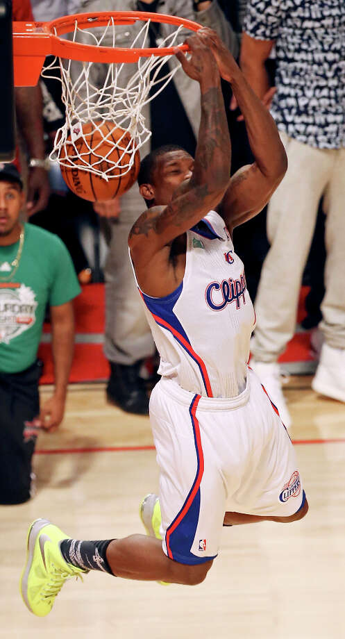 Los Angeles Clippers' Eric Bledsoe dunks during the Sprite Slam Dunk Contest at the Toyota Center Saturday, Feb. 16, 2013, in Houston. Photo: Edward A. Ornelas, San Antonio Express-News / © 2013 San Antonio Express-News