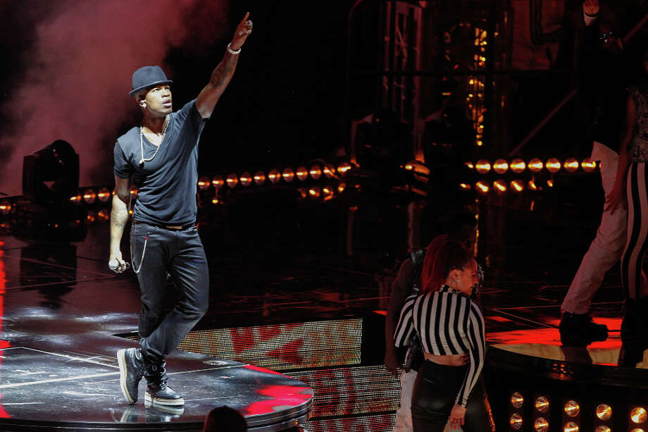 Ne-Yo performs before the NBA All-Star Game. Photo: Cody Duty, Houston Chronicle / © 2013  Houston Chronicle