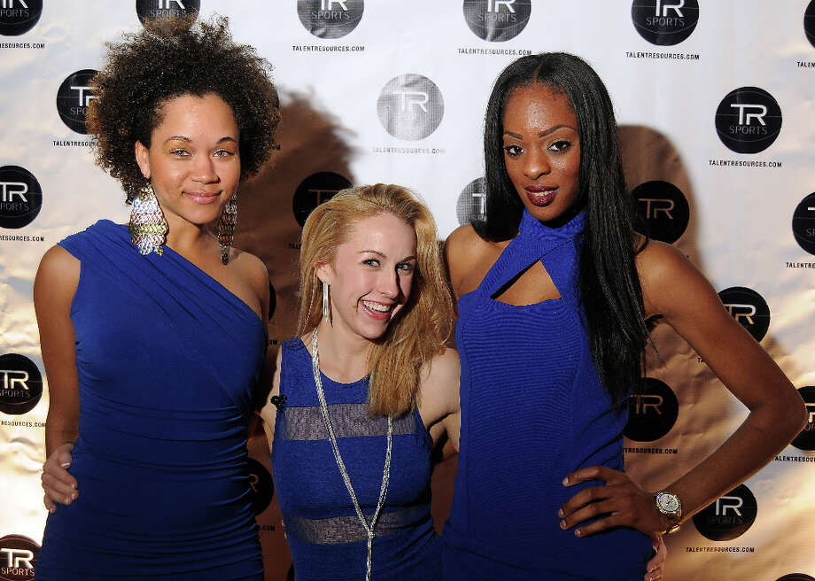 From left: Janay Fishback, Shanon Williams at a party hosted by Golden State Warrior David Lee at the Hudson Lounge Friday Feb. 15, 2013. Photo: Dave Rossman, For The Houston Chronicle / © 2013 Dave Rossman