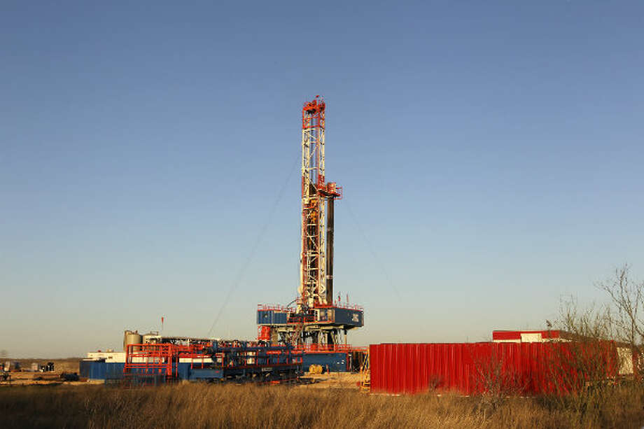 A Patterson-UTI Energy drilling rig 248 on FM 99 in Live Oak County near Whisett, Texas. Since 2009, OSHA has opened two fatality investigations in South Texas of Patterson-UTI Drilling Co. LLC, a large drilling company based in Houston.