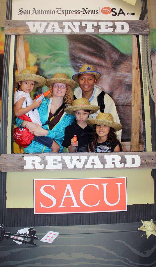 San Antonio Stock Show & Rodeo, Saturday, Feb. 16, 2013 Photo: í…, San Antonio Express-News