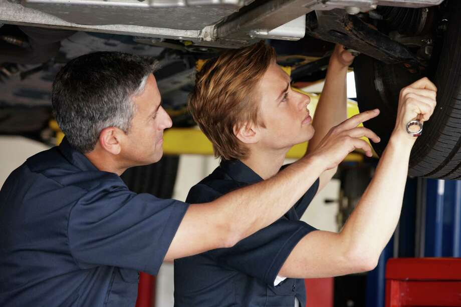 The complexity of vehicles today means auto repair is no longer a D-I-Y project and requires a trained professional to do the work. Photo: Catherine Yeulet / iStockphoto