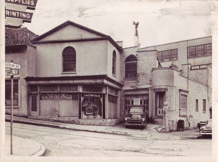 Times Union's Sheridan Avenue building. Photo from 1950s. Albany Insitute of History and Art.