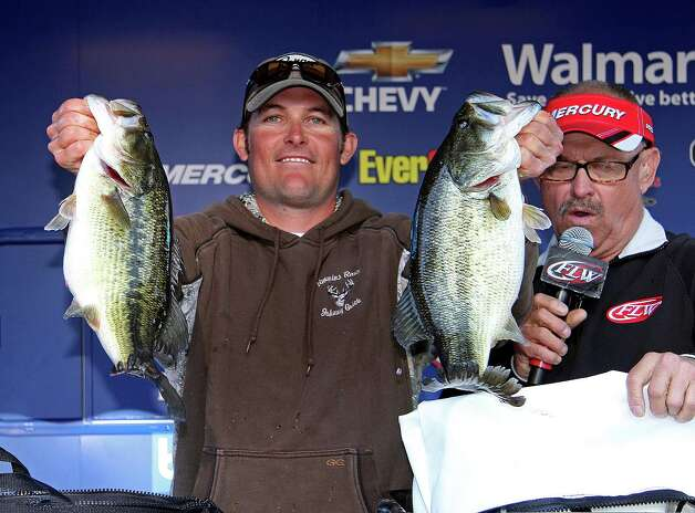 Day-one leader Dustin Grice stuck with an Alabama rig and finished second.  (Photo by David Brown)