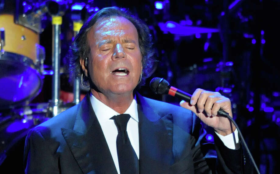 Julio Iglesias: The Spanish singer became a dad for the eighth time at age 63 when he and his longtime girlfriend, model Miranda Rijnsburger, welcomed son Guillermo Iglesias Rijnsburger, in 2007. Photo: MANU FERNANDEZ, ASSOCIATED PRESS / AP2008