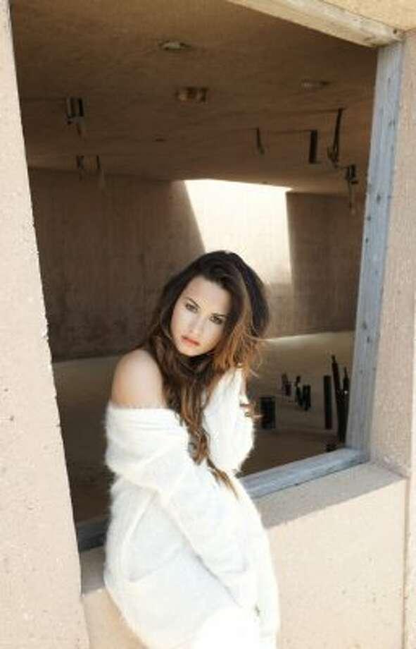 Demi Lovato (Photo credit Hilary Walsh)