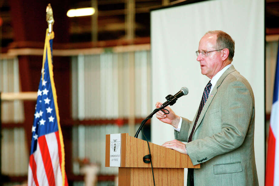 Congressman Mike Conaway talks to participants about the men and women who serve and have served out county Monday during the CAF Memorial Day Celebration in the George H.W. and Barbara Bush Commemorative Center hanger. Cindeka Nealy/Reporter-Telegram Photo: Cindeka Nealy, Midland Reporter-Telegram / Cindeka Nealy/Reporter-Telegram