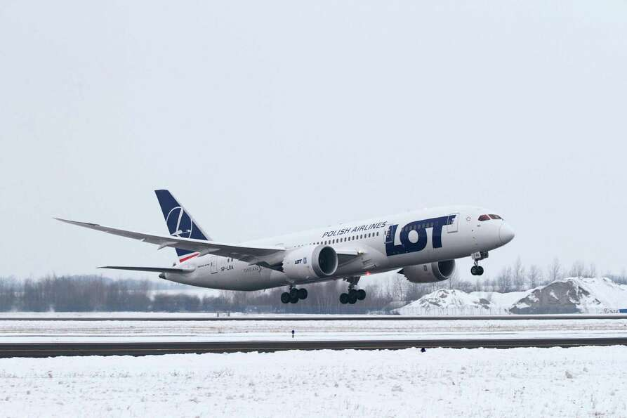 The top major European carrier was LOT Polish Airlines, at 89.35 percent on time. The other finalist