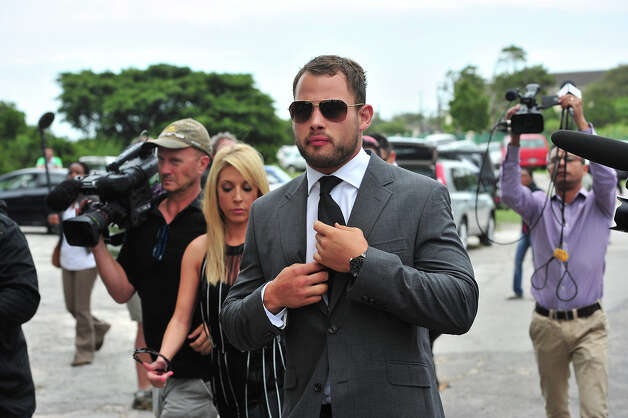 Francios Hougaard at Reeva Steenkamp's memorial service at the Victoria Park Crematorium on February 19, 2013 in Port Elizabeth, South Africa. Steenkamp was allegedly murdered by boyfriend, Oscar Pistorius on February 14, 2013. Pistorius, who has been charged with the murder, is appearing in court today for his bail hearing. Photo: Gallo Images, Getty Images / 2013 Gallo Images (PTY) LTD