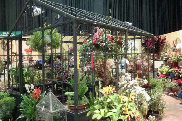 Hundreds of exhibitors are expected at the 32nd annual Connecticut Flower & Garden Show set to take place Thursday, Feb. 21 to Sunday, Feb. 24, 2013, at the Connecticut Convention Center in Hartford, Conn. WIth fresh grass, fresh flowers and novel arrangements, it will be as if spring has arrived early. For more information on hours and admission, call 860-844-8461 or visit http://www.ctflowershow.com. Photo: Contributed Photo