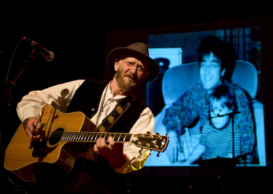 Tony Sheridan performs on stage at de Vorstin, Hilversum, Netherlands, 8th April 2012. The Beatles made their first professional recordings in 1961 in Hamburg with producer Bert Kaempfert as Tony Sherdian's backing band. Photo: Rob Verhorst, Redferns / Getty Images/Rob Verhorst