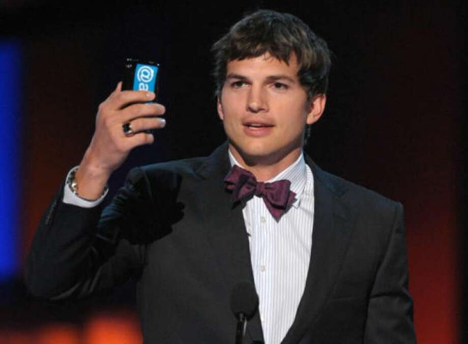 Kutcher before his beardPHOTO BY KEVIN WINTER/GETTY IMAGES FOR PCA