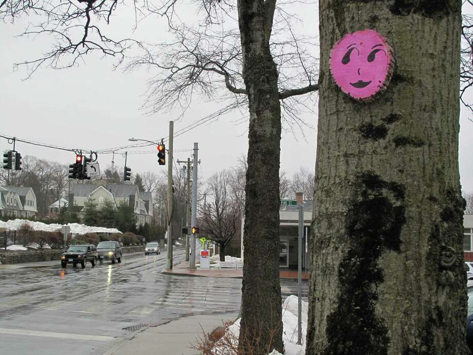 A mysterious pink winky face at Park and Cherry Streets in New Canaan. Photo: Tyler Woods