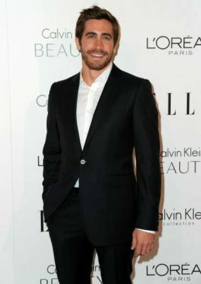 Grown-out Jake GyllenhaalPHOTO BY ALBERTO E. RODRIGUEZ/GETTY IMAGES