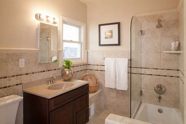 One of the bathrooms at 191 Upper Terrace. Photo: Trevor Henley, Henley Photography