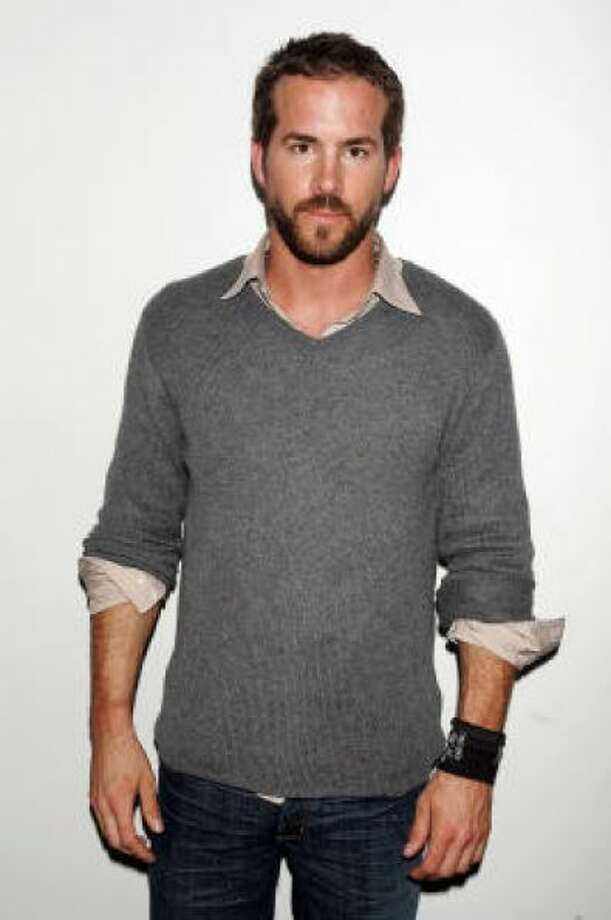Sexiest man alive Ryan Reynolds sporting a sexy beardPHOTO BY SCOTT GRIES/GETTY IMAGES